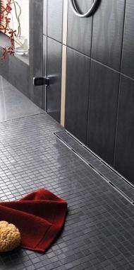 Трапи і дренажні канали замість душових піддонів